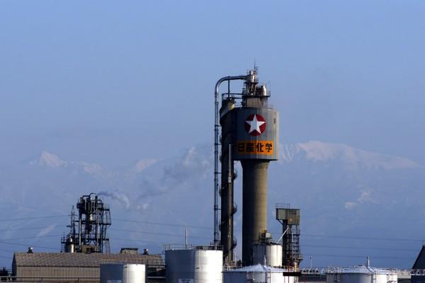 日産化学富山工場