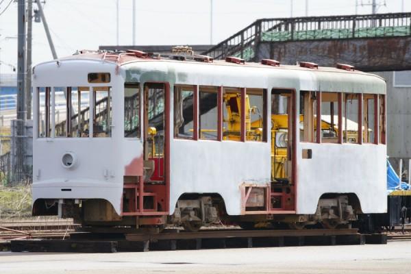 謎の路面電車1