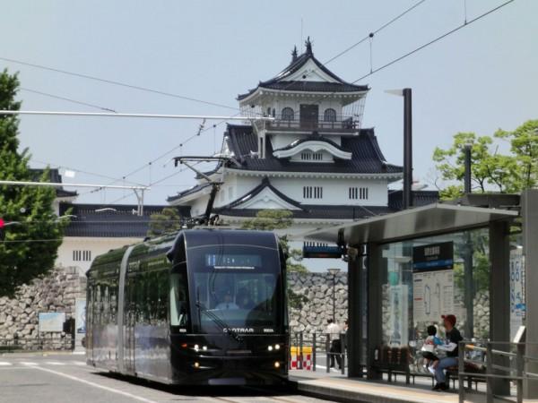 セントラムと富山城