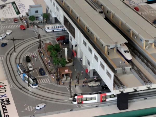 KATO が展示していた新しい富山駅の模型